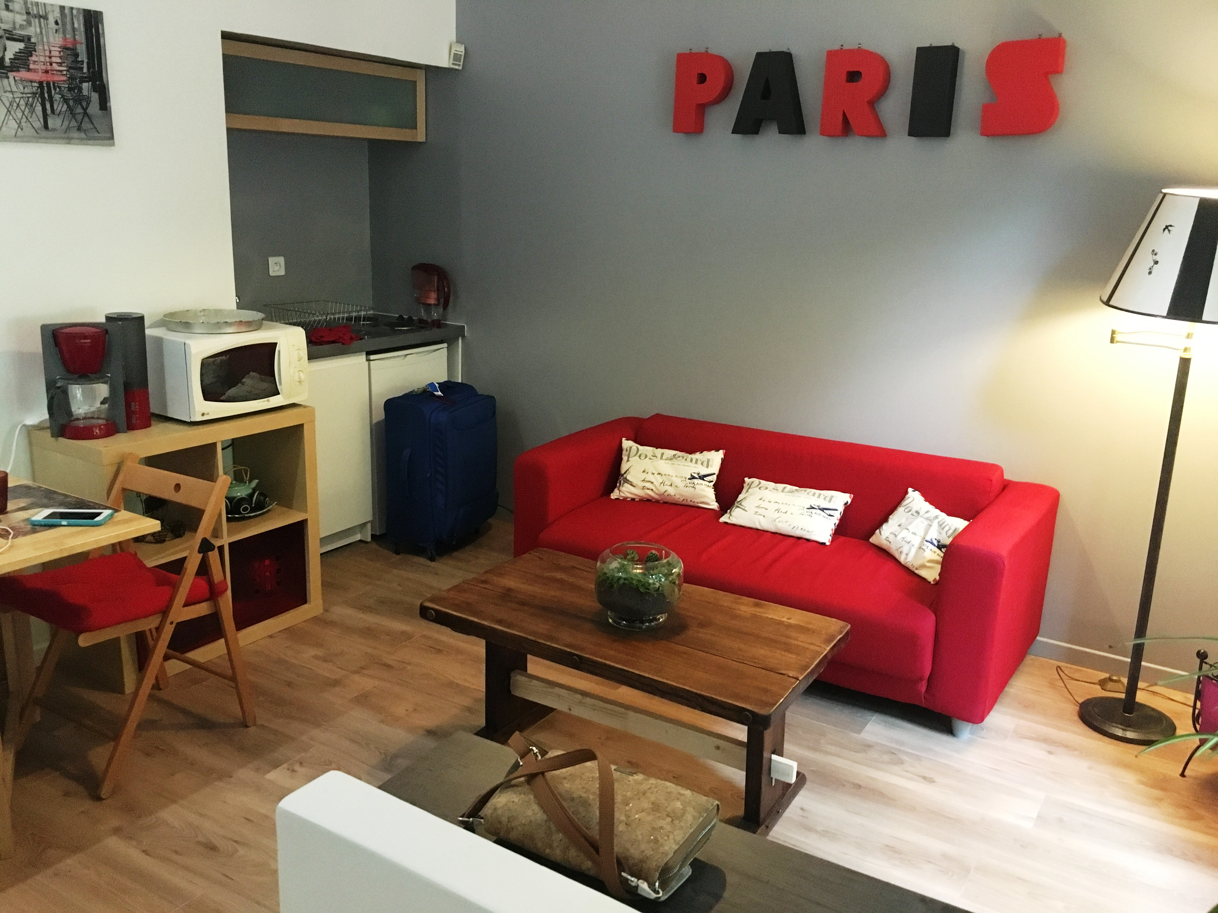 hello from paris france on the road with jim and pat. Black Bedroom Furniture Sets. Home Design Ideas