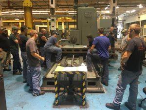 Class at the horizontal boring mill (Medium)